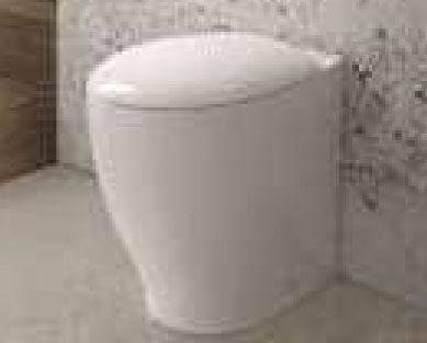 Vaso da bagno filoparete con scarico a terra o parete cm 35x48 della linea Mascalzone di Domus Falerii